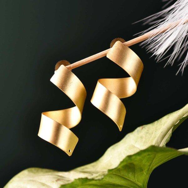 Curly leaf Earring