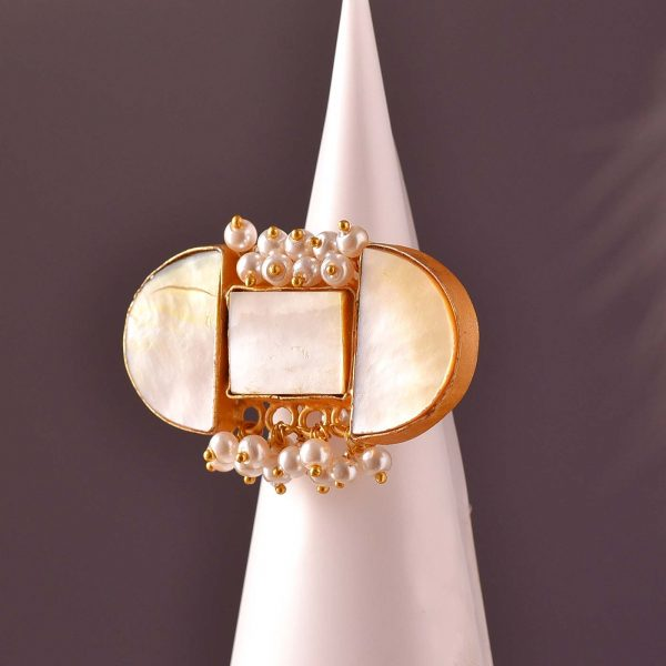 Clamp Pearl Ring