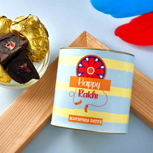 Chocolate Dipped Blueberry Dates (100 Gms)