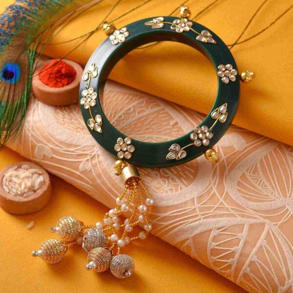 Green Lumba kada with designer Rakhi
